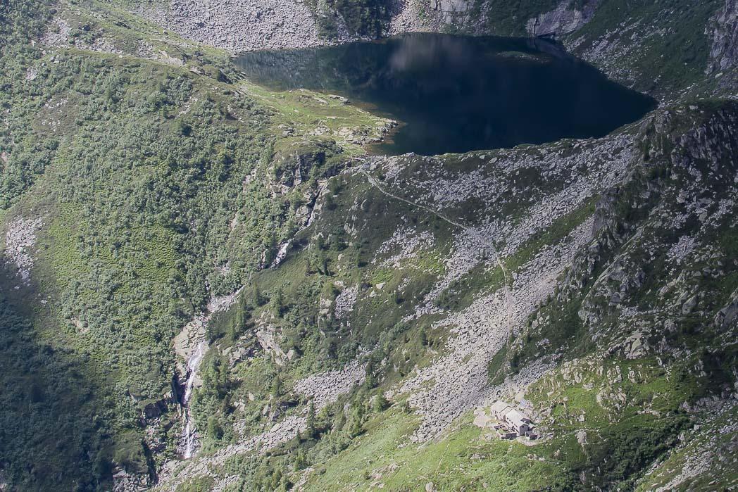 rifugio lago della vecchia